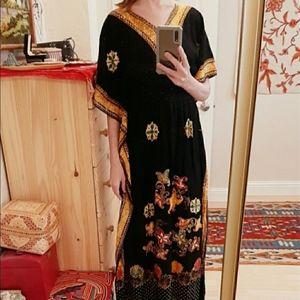 Vintage Dewi Shinta Batik Indonesian Kaftan S-M